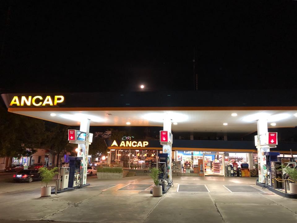 Estación Ancap Francolino Hnos.